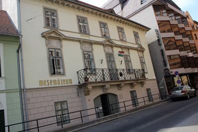 The Story Museum in Döbrentei utca, Buda