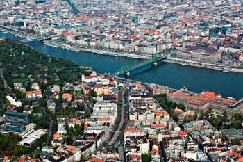 The green Liberty Bridge over the Danube