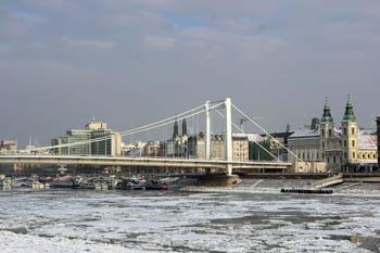 winter cityscape:Elizabeth bridge and ice flow on the danube
