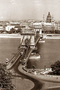 Chain Bridge anno