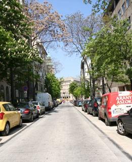 budapest_new_main_street_kecskemeti_utca02
