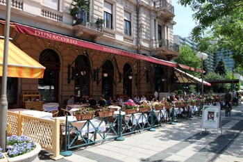 Restaurants along Danube Promenade