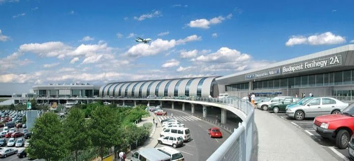 SkyCourt Budapest-New Terminal at Ferenc Liszt Airport
