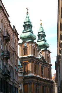 church_budapest_egyetem_ter