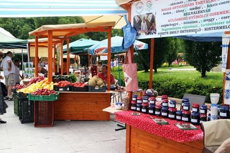 farmers_market_szabadsag_sq