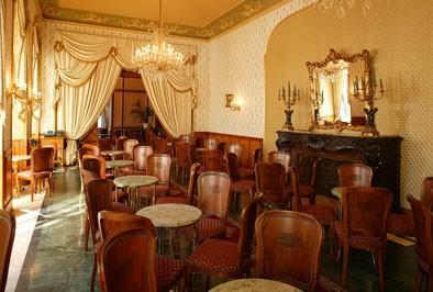 rich decor of Gerbeaud