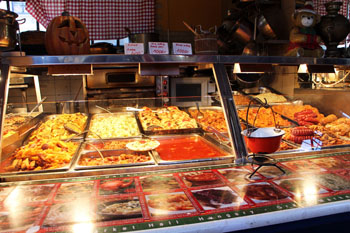 Food Stalls Fakanal Is A Favorite Among Tourists On The Upper Floor Sell Hungarian Fast
