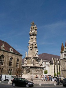 holy_trinity_column_buda_castle