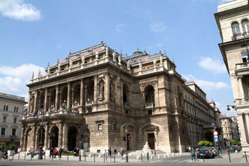 the Hungarian national Opera House on Andrassy ut