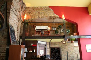 karolyi_cafe_inside