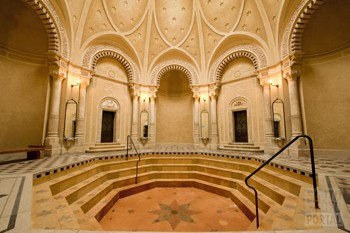 racz_bath_turkish_dome_hall