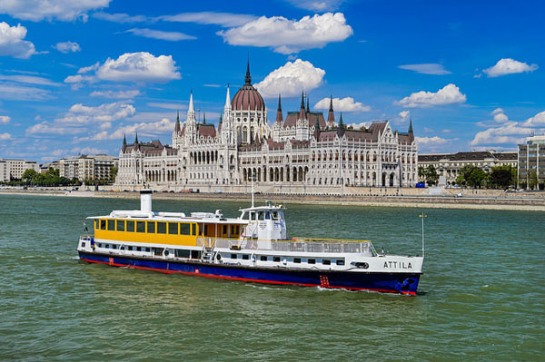 the Atiila cruise ship traveling on the Danube in Budapest