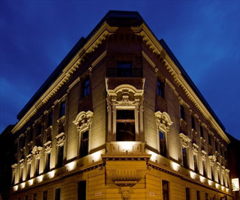 facade of Hotel Palazzo Zichy at night