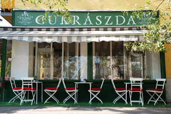 the rerrace of Erdos es Fiai confectionery