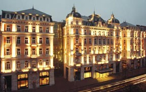 Corinthia Grand Hote Royal facade