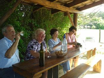 tasting white wines