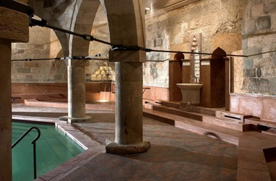 rudas_bath_octagonal_pool