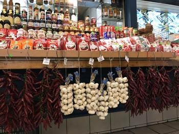 strings of garlic and paprika