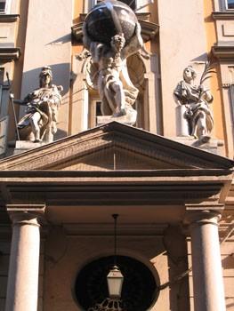 city_hall_budapest01