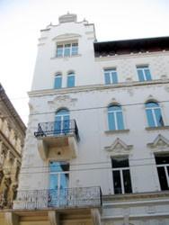 facade of Hotel Parlament