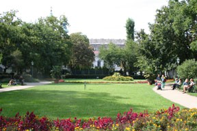 The flowery Károlyi Garden and Park