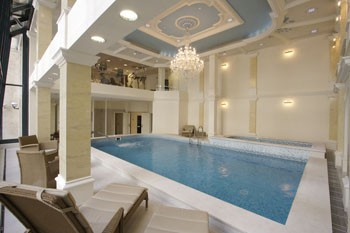 pool in Queen's Court Hotel and Residence